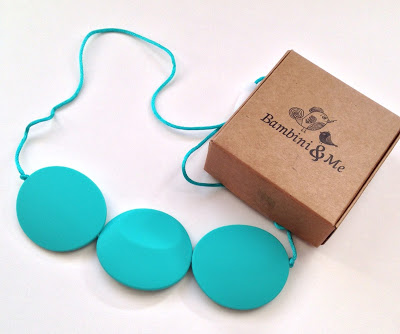 teething necklace with box (1)
