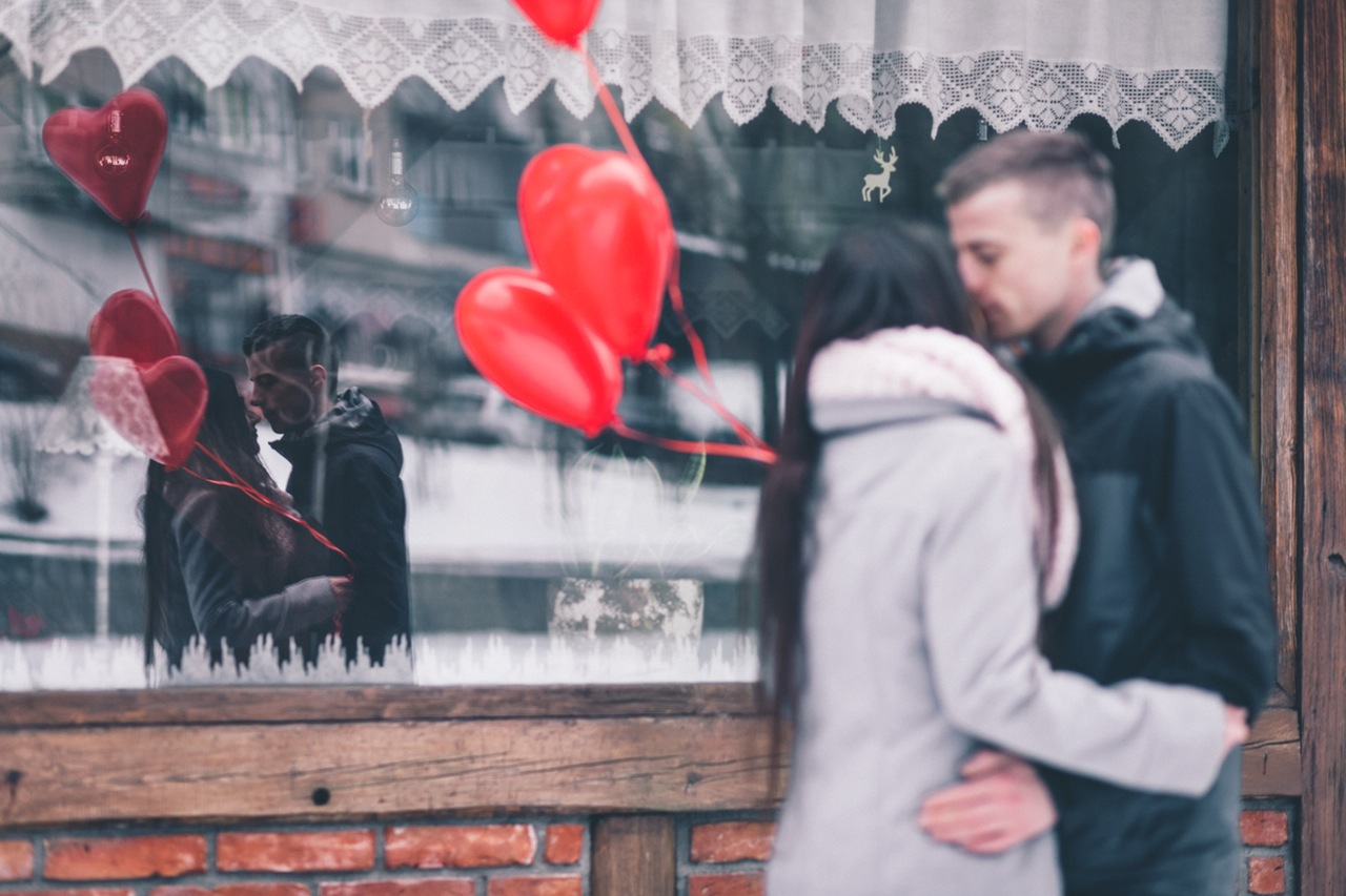 Show Him You Give Edam: Gifts For Men On Valentines Day - Simple ...