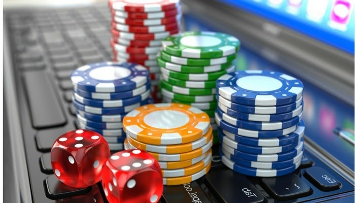5 Reasons Why It Is Better to Choose an Online Casino - Simple Mom Review